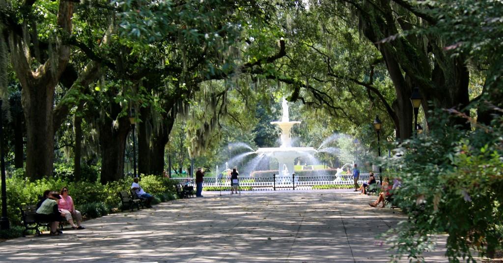 Forsyth Park has a beautiful fountain