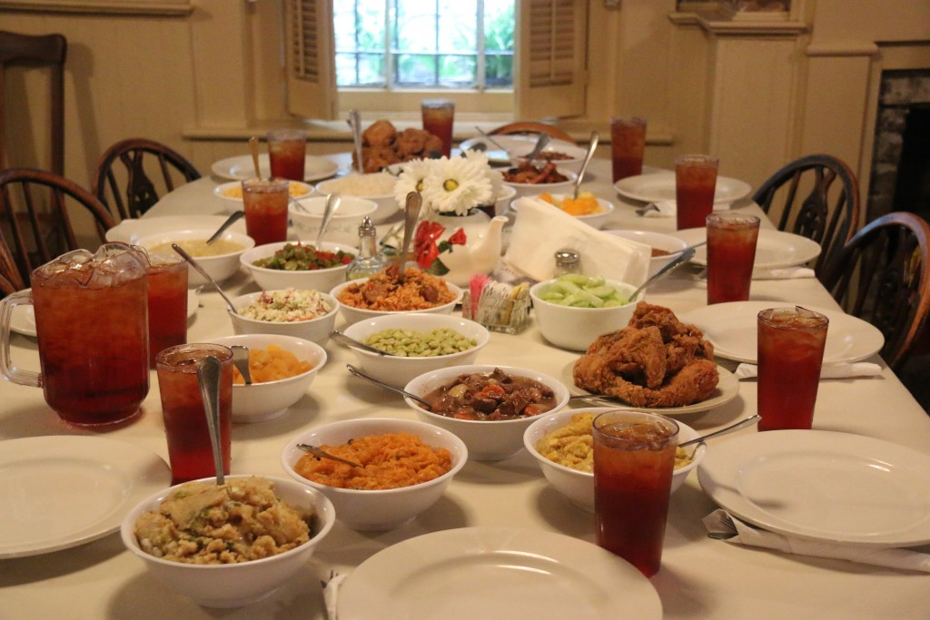 Home Style Southern Cooking... it was delicious!!!