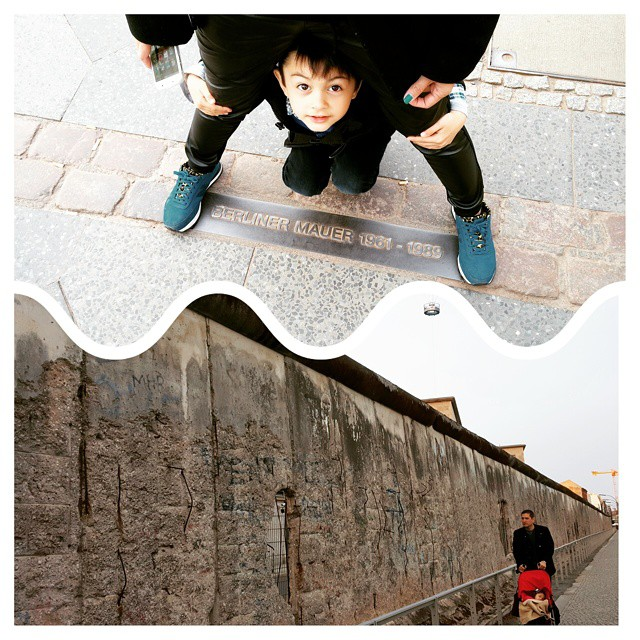 A visit at Berlin Wall with the kids.